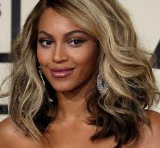 Beyonce with Hair Extensions